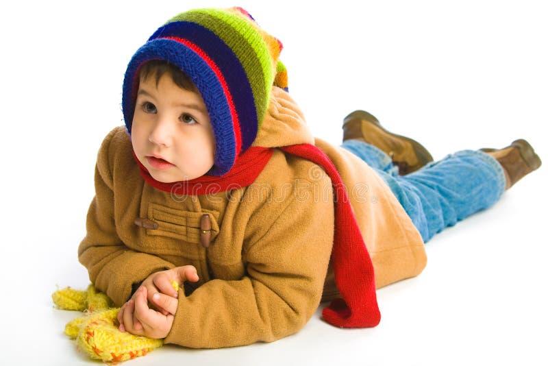Menino na roupa do inverno imagem de stock royalty free