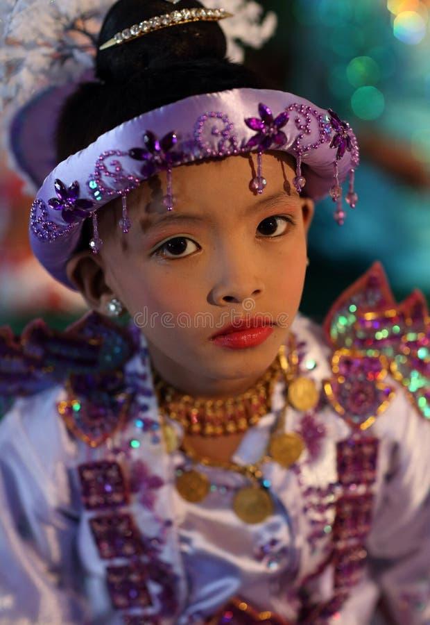 Menino novo na cerimônia do principiante, Myanmar foto de stock royalty free