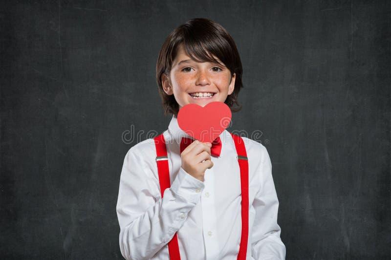 Menino romântico no dia de Valentim fotografia de stock royalty free