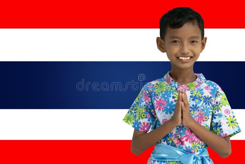 Menino tailandês, posição do homem olá! fotos de stock royalty free