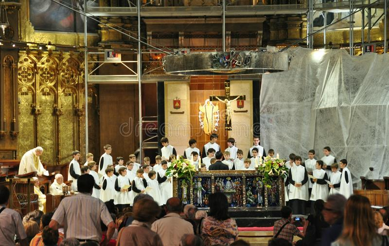 Meninos do coro de Eskolaniya imagem de stock royalty free