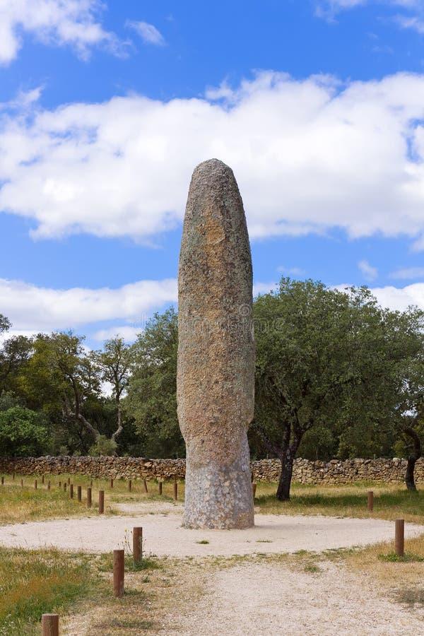 Menir DA Meada se tenant en pierre photographie stock