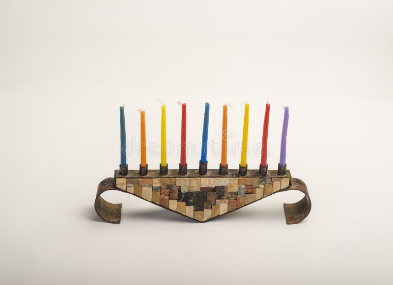 Menorah con las velas ardientes para Jánuca imagen de archivo libre de regalías