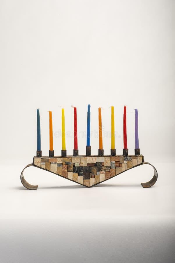 Menorah z płonącymi świeczkami dla Hanukkah zdjęcie royalty free