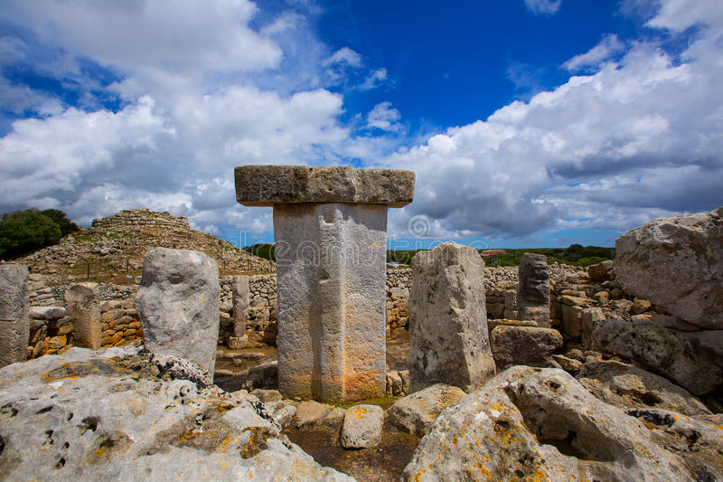Menorca Taules Torralba De En Salort Salord prehistoryczny obrazy stock