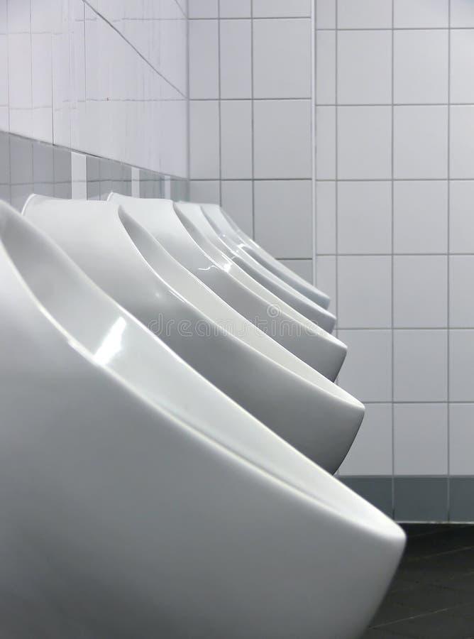 Download Mens δωμάτιο στοκ εικόνα. εικόνα από τουαλέτα, ουροδοχείο - 1545703