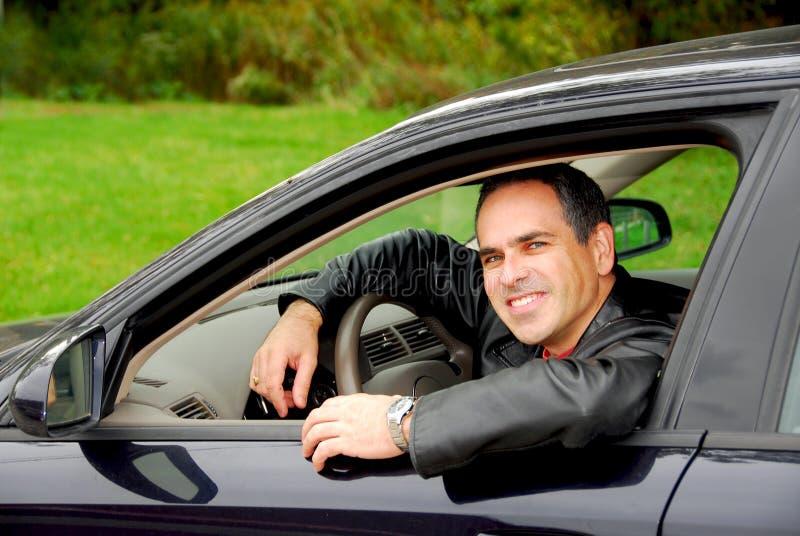 Mens in auto royalty-vrije stock fotografie