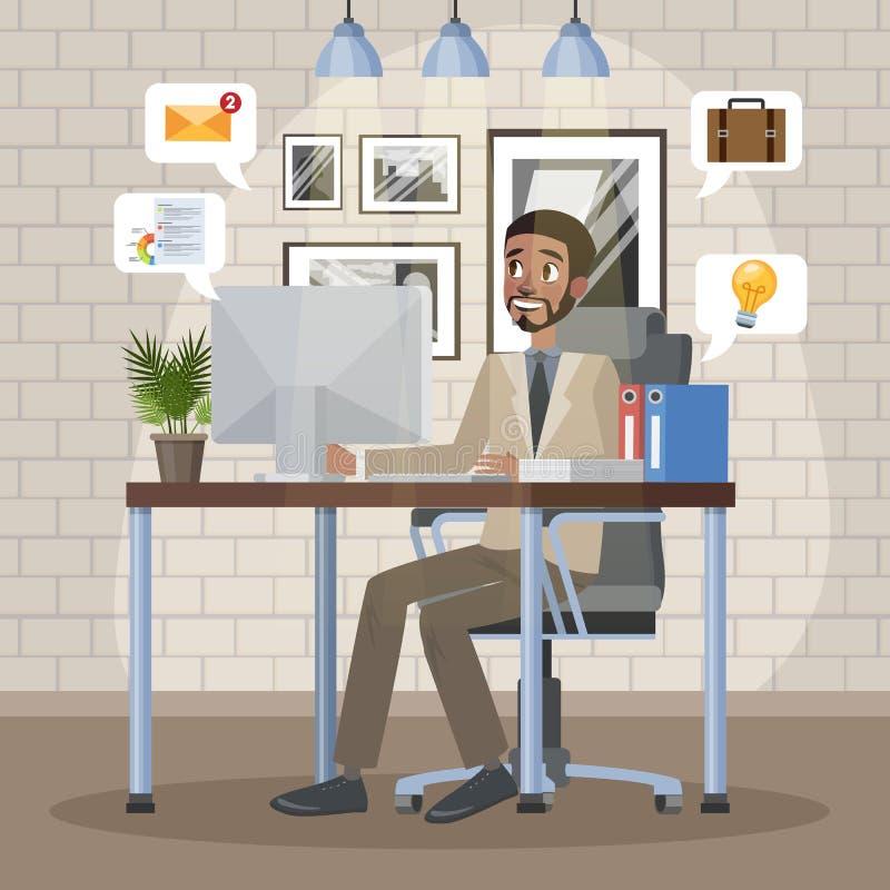 Mens die aan de computer bij het bureau werken royalty-vrije illustratie