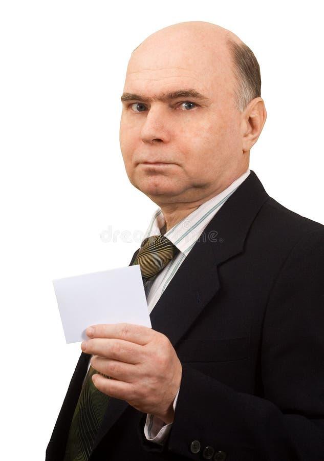 Mens die een lege kaart houdt royalty-vrije stock afbeeldingen