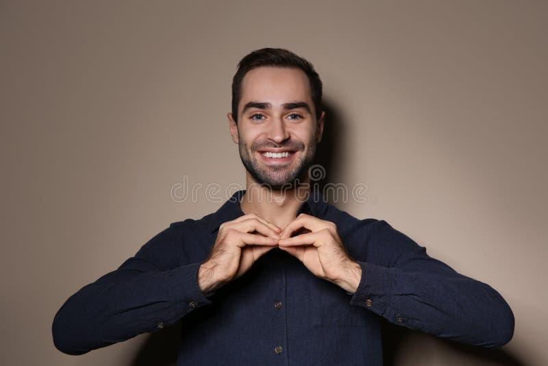 Mens die gebarentaal gebruiken royalty-vrije stock foto