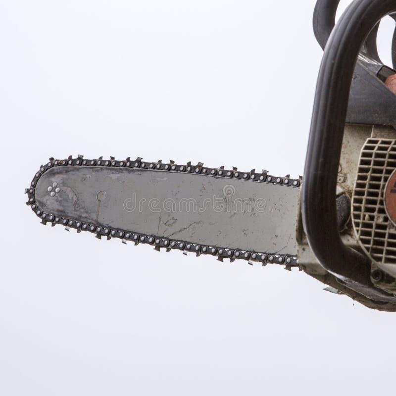 Download Mens Die Login Zagen Zijn Achtertuin Stock Afbeelding - Afbeelding bestaande uit apparatuur, metaal: 39112003