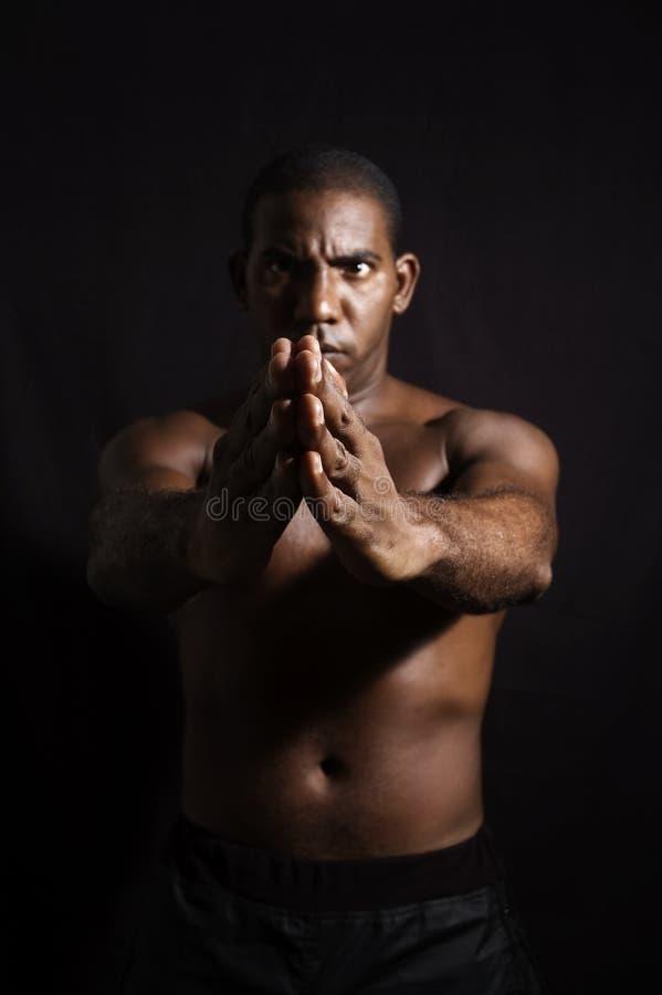 Mens die marcial arts. doen royalty-vrije stock fotografie
