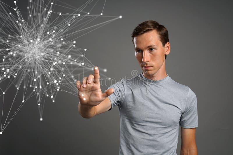 Mens die met verbonden punten werken Draadloos verbindingsconcept stock foto's