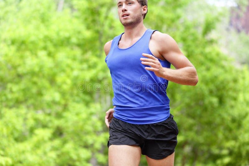 Mens die op weg lopen - Sport en fitness agent royalty-vrije stock foto