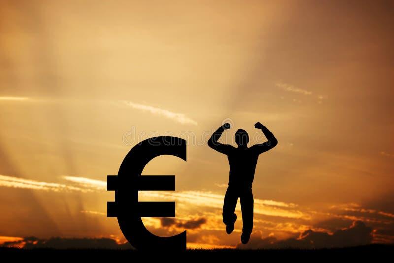 Mens die voor vreugde naast EURO symbool springen winnaar royalty-vrije stock afbeelding