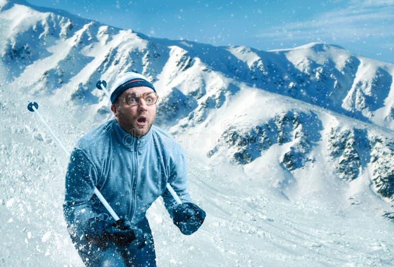 Mens het ski?en stock afbeeldingen