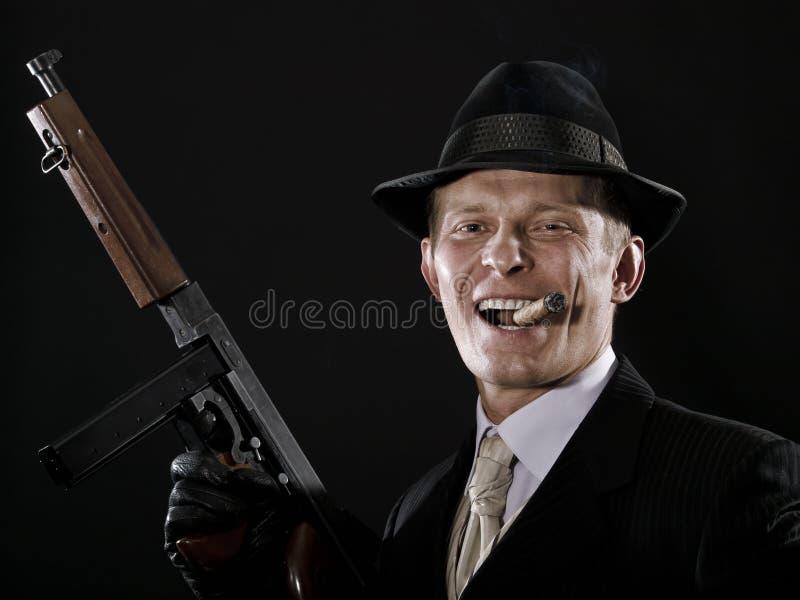 Mens met een sigaar stock fotografie