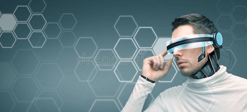 Mens met futuristische 3d glazen en sensoren royalty-vrije stock foto
