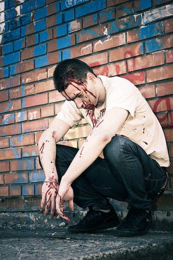 Download Mens na strijd stock foto. Afbeelding bestaande uit bloed - 10778612