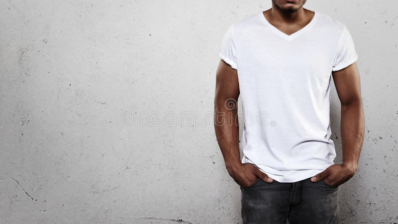 Mens in Witte T-shirt stock foto