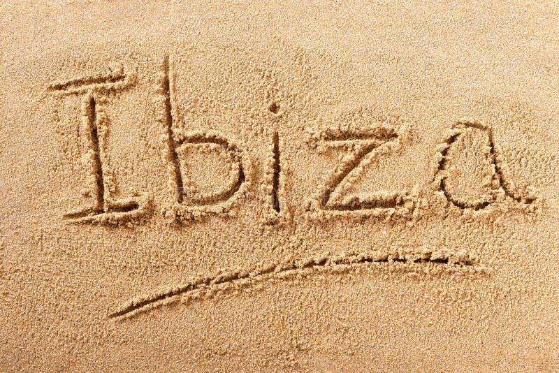 Mensagem da escrita da praia do verão de Ibiza imagem de stock