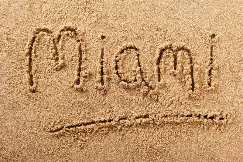 Mensaje de la muestra de la arena de Miami Beach fotografía de archivo