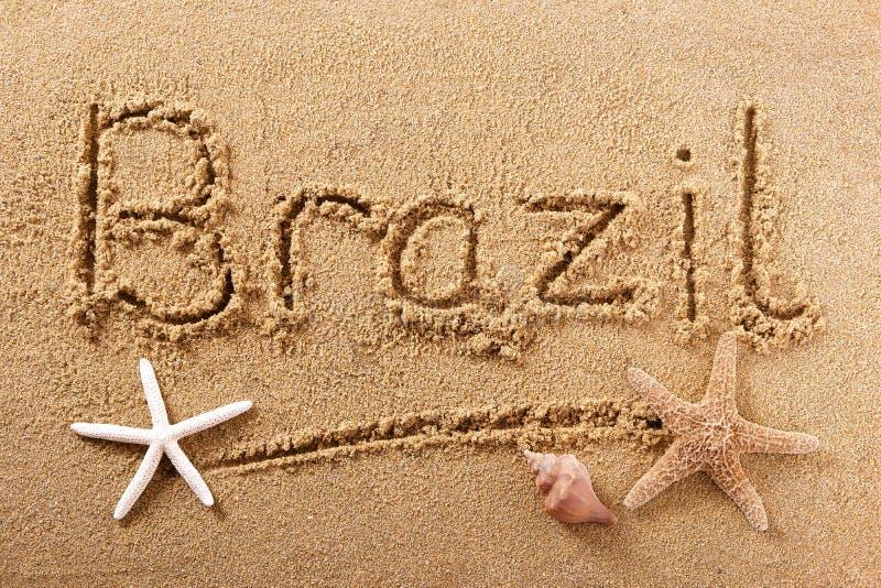 Mensaje de la muestra de la arena de la playa del Brasil foto de archivo