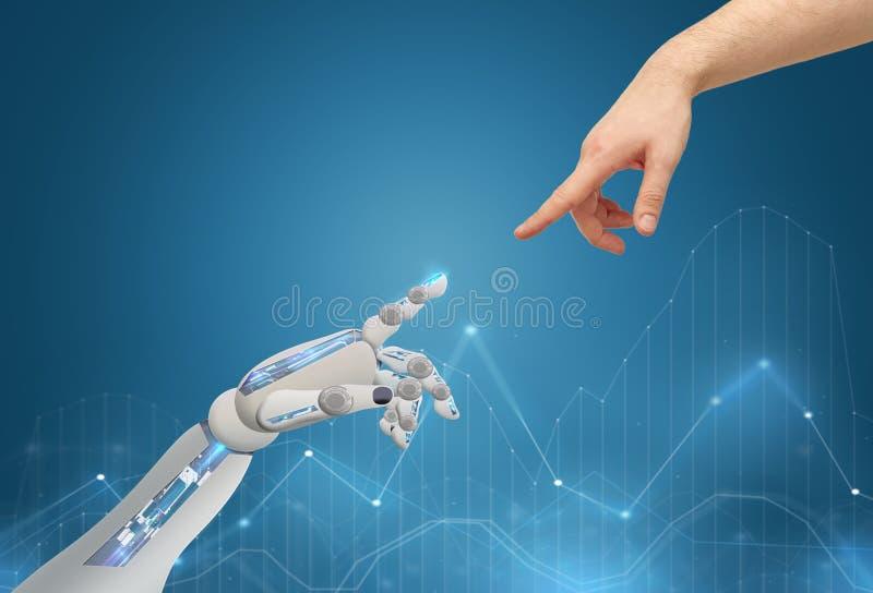 Menschen- und Roboterhände, die miteinander erreichen stockfoto