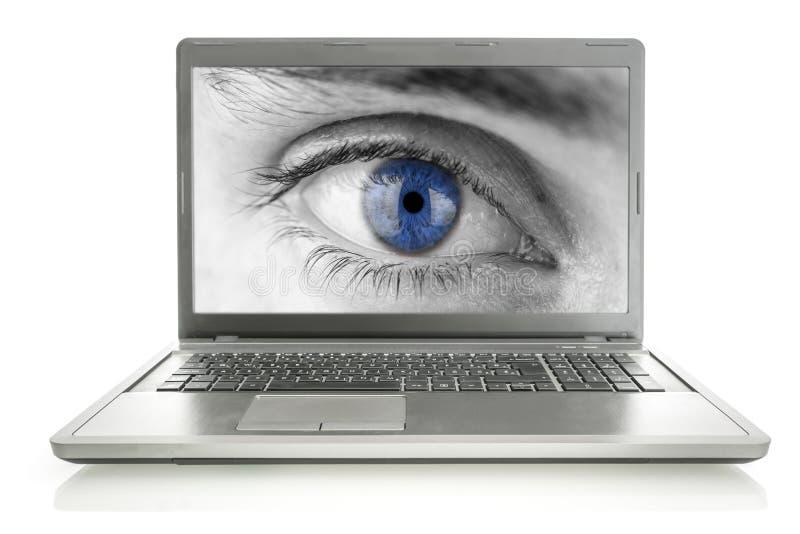 Menschliches Auge Auf Laptopschirm Lizenzfreie Stockfotografie