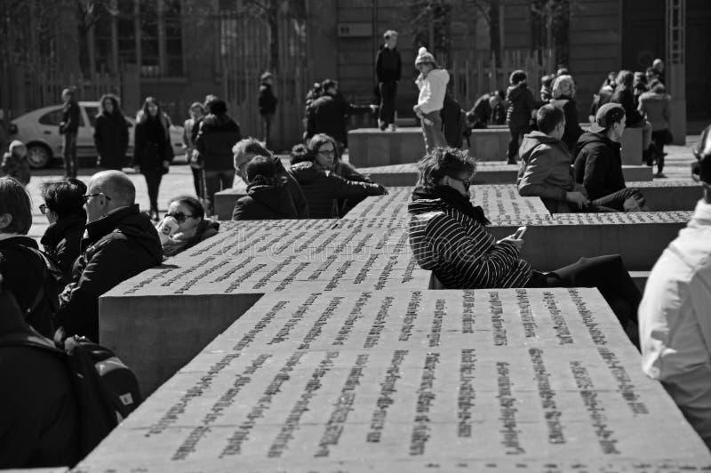 "Mensen in ""Place du Chateau"" Straatsburg stock foto's"