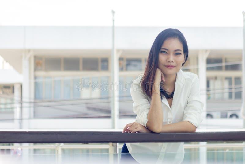 Mensen, Aziatische vrouwen, royalty-vrije stock afbeeldingen