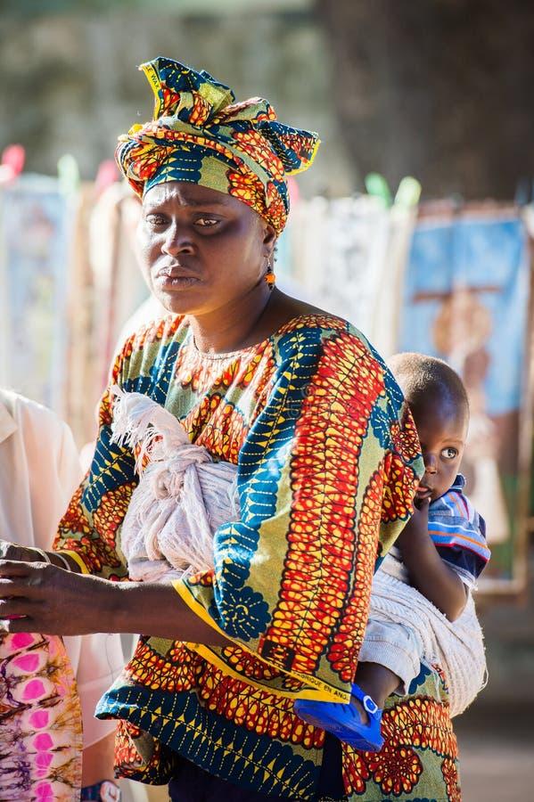 Mensen in BANJUL, GAMBIA stock afbeeldingen