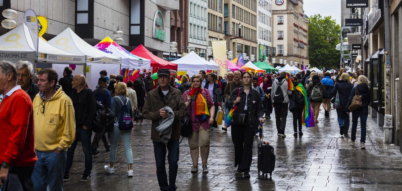 Mensen bij Christopher Street Day-CDD in München, Duitsland royalty-vrije stock afbeelding