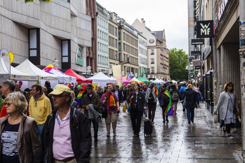 Mensen bij Christopher Street Day-CDD in München, Duitsland royalty-vrije stock afbeeldingen