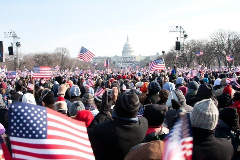 Mensen bij de Inauguratie