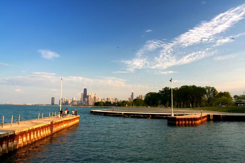 mensen bij het meer van Michigan in de zomer, Chicago stock foto's