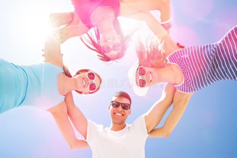 Mensen in de zomertijd royalty-vrije stock foto
