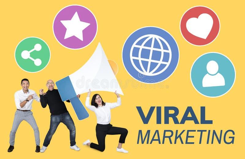 Mensen die bij de virale marketing werken stock afbeeldingen