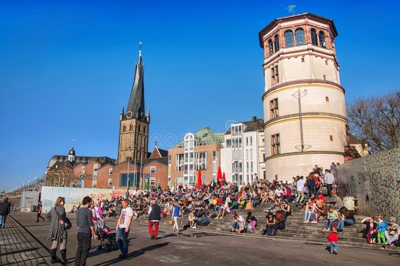 Mensen in Dusseldorf royalty-vrije stock afbeeldingen