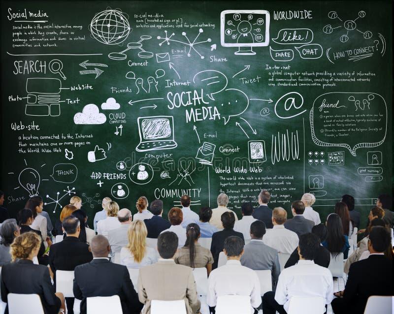 Mensen in een Vergadering met Sociale Media Concepten stock afbeelding