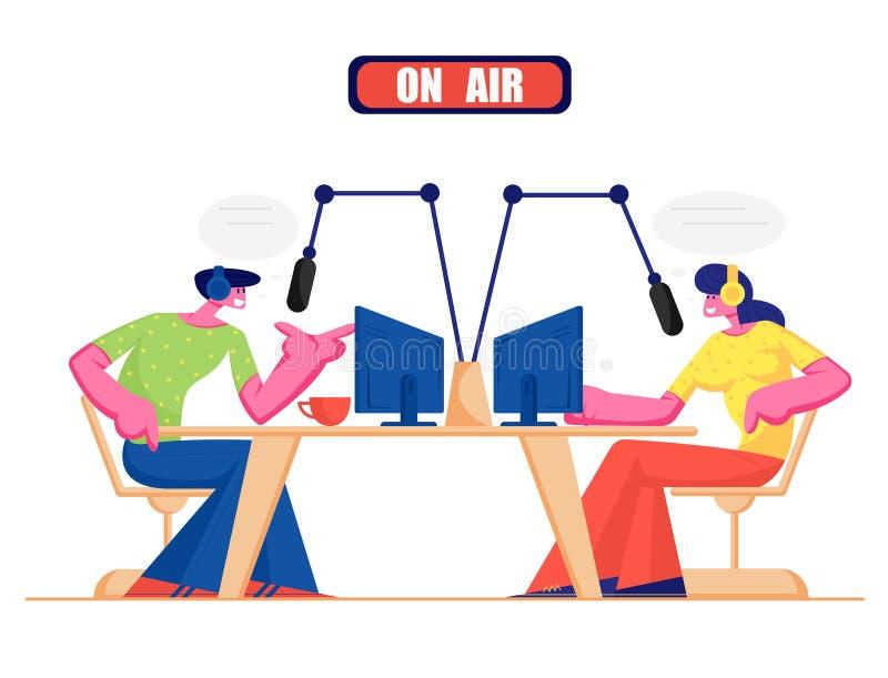 Mensen en Radioconcept De mannelijke en Vrouwelijke Radiokarakters van DJ in Hoofdtelefoon spreken aan Microfoons, Uitzendend Pro stock illustratie