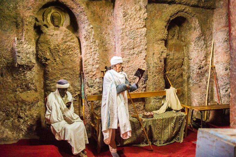Mensen in LALIBELA, ETHIOPIË royalty-vrije stock foto's