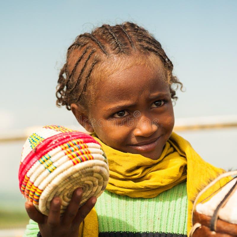 Mensen in OMO, ETHIOPIË stock afbeelding
