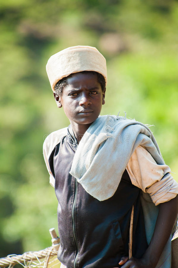 Mensen in OMO, ETHIOPIË royalty-vrije stock afbeeldingen