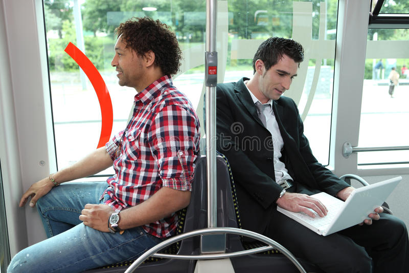 Mensen op de bus stock fotografie