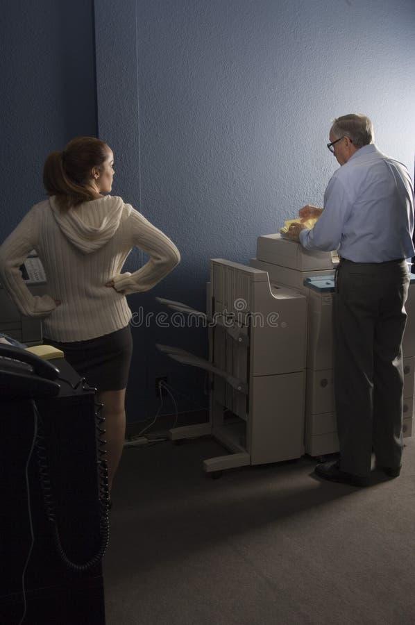 Mensen op het werk stock fotografie
