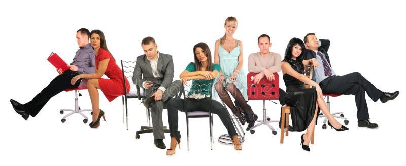 Mensen op stoelencollage stock foto