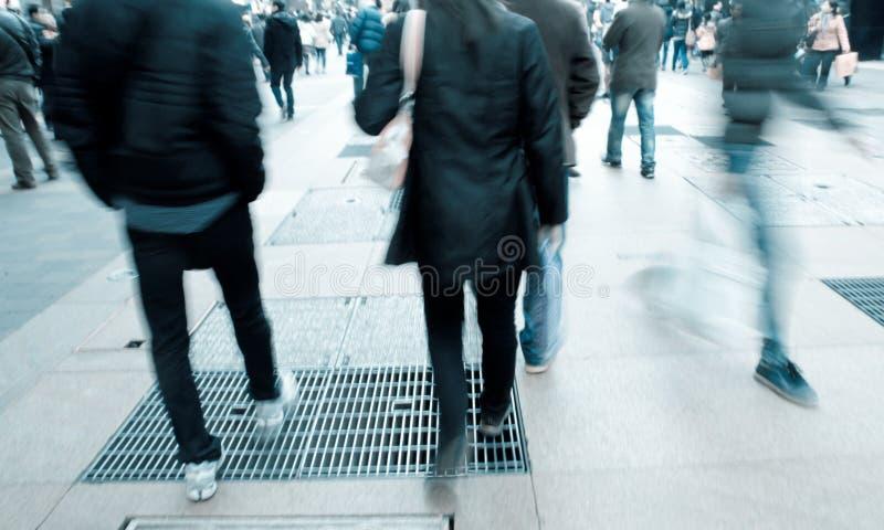 Mensen op straat stock foto