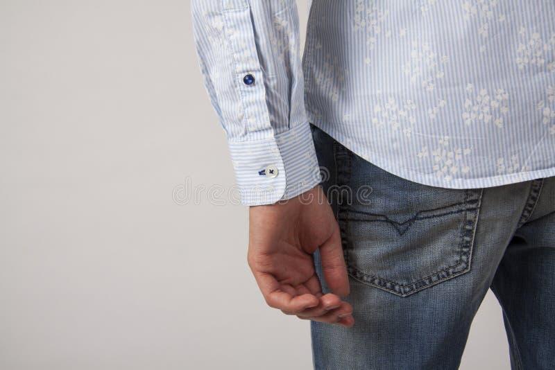 Mensen` s torso in overhemd, close-up voor kenteken stock afbeelding