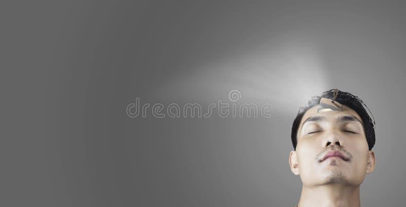 Mensenmening open en lichte directe komst uit te kopiëren spac stock fotografie